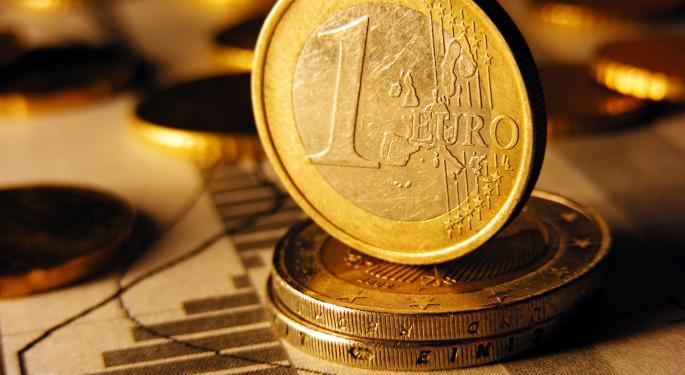 Euro Slips On Weaker Than Expected German Data