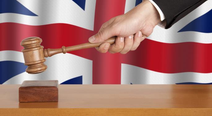 Apple Disobeys Court Order, Angers U.K. Judges