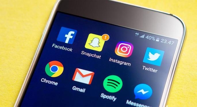 What To Know About Snap's Q3 User Growth Acceleration