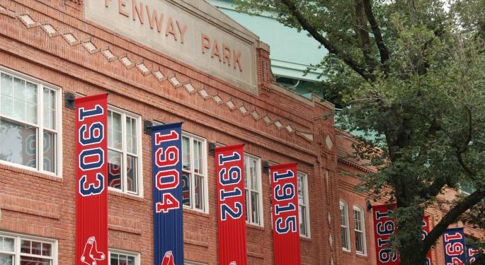 High And Inside Tech: Boston Red Sox Use Apple Watch To Steal Yankee Signs