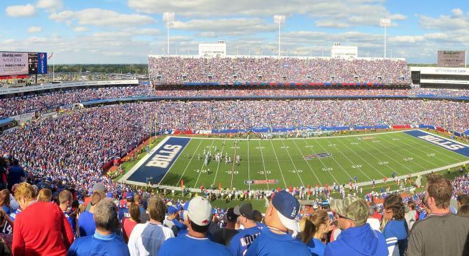 Why So Many Ex-NFL Players Struggle Financially
