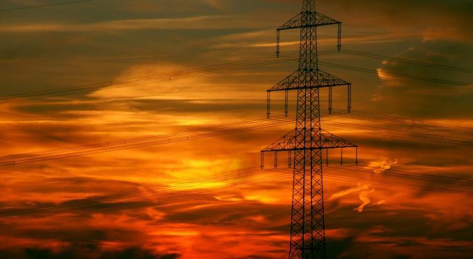 Gordon Johnson Warns Of 'Burgeoning Risk' To SolarCity/Tesla Deal Closure