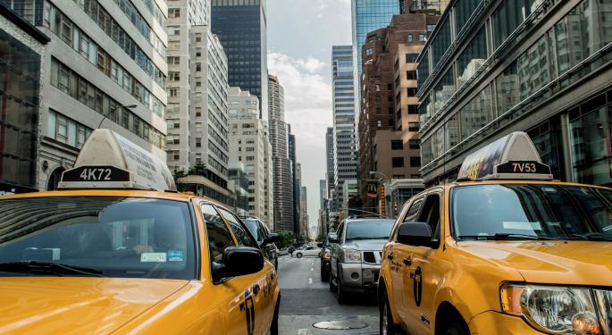 2 Ways To Play The Strengthening Uber Market