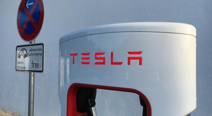 Tesla Short Sellers Take $1.4B Earnings Hit