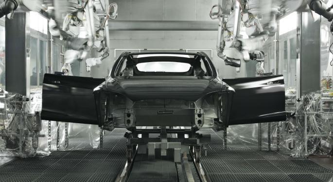 Tesla Has 'Apple-Like Consumer Brand' Potential, Wedbush Says In Bullish Initiation