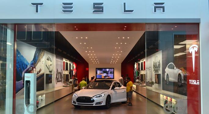 Elon Musk Is Tesla's 'Biggest Weakness,' According To Aswath Damodaran