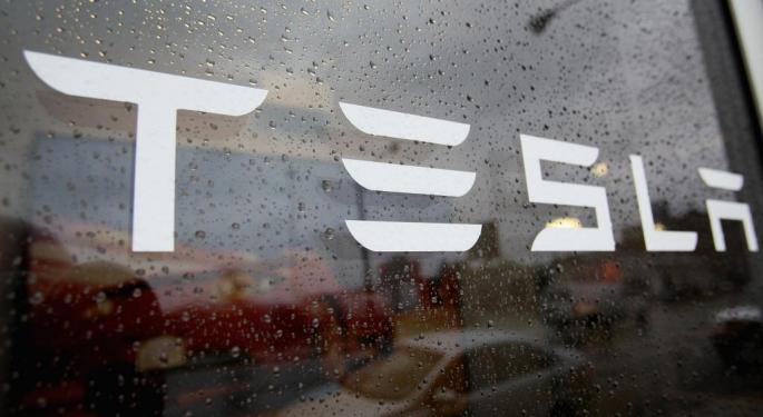 Tesla Guidance Could Come Up 'Soft,' While Mobileye Might Have Upside: Pacific Crest