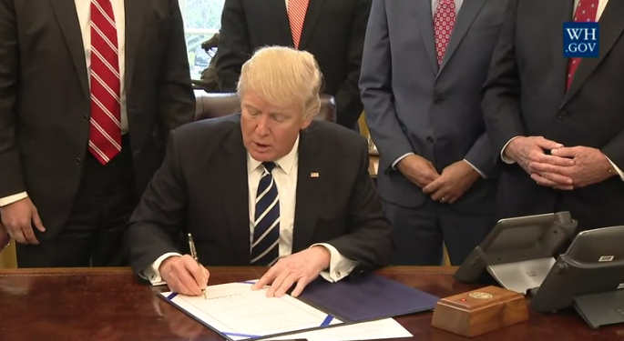 Trump To Sign Order Directing Tighter Enforcement Of Foreign Work Visas