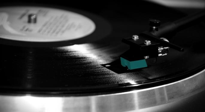 The State Of Music In 2016: Vinyl Vs. Digital