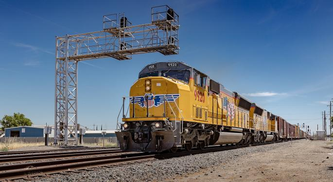 Union Pacific Fourth-Quarter Net Profit Slips 10%