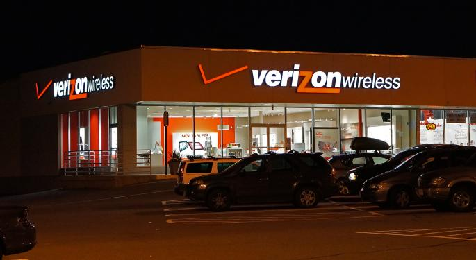 Verizon Downgraded On Threat Of Near-Term Challenges