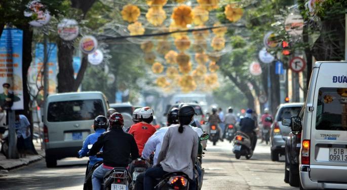Slump Has Vietnam ETF Look Inexpensive