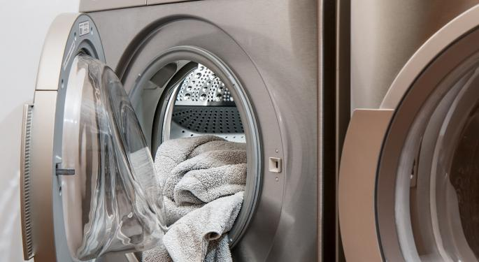 Whirlpool Analyst Dissects Q1 Print, Says Guidance Reflects Lower Tariffs, Raw Material Tailwinds