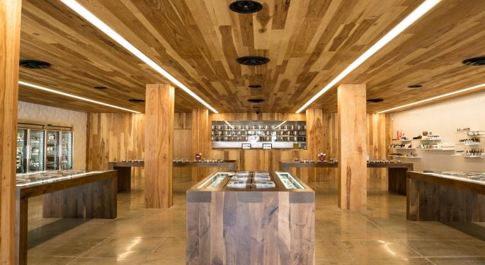 The Role Of Cannabis Dispensaries In Attracting, Educating Consumers