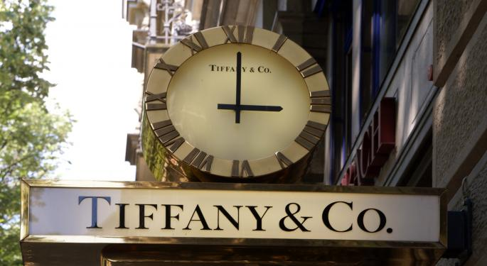 Tiffany's Risks Are Better Discounted, Oppenheimer Says In Upgrade