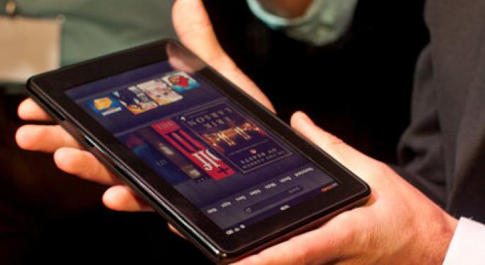 Amazon Poses Unforeseen Threat to Apple as Kindle Fire Sells Out