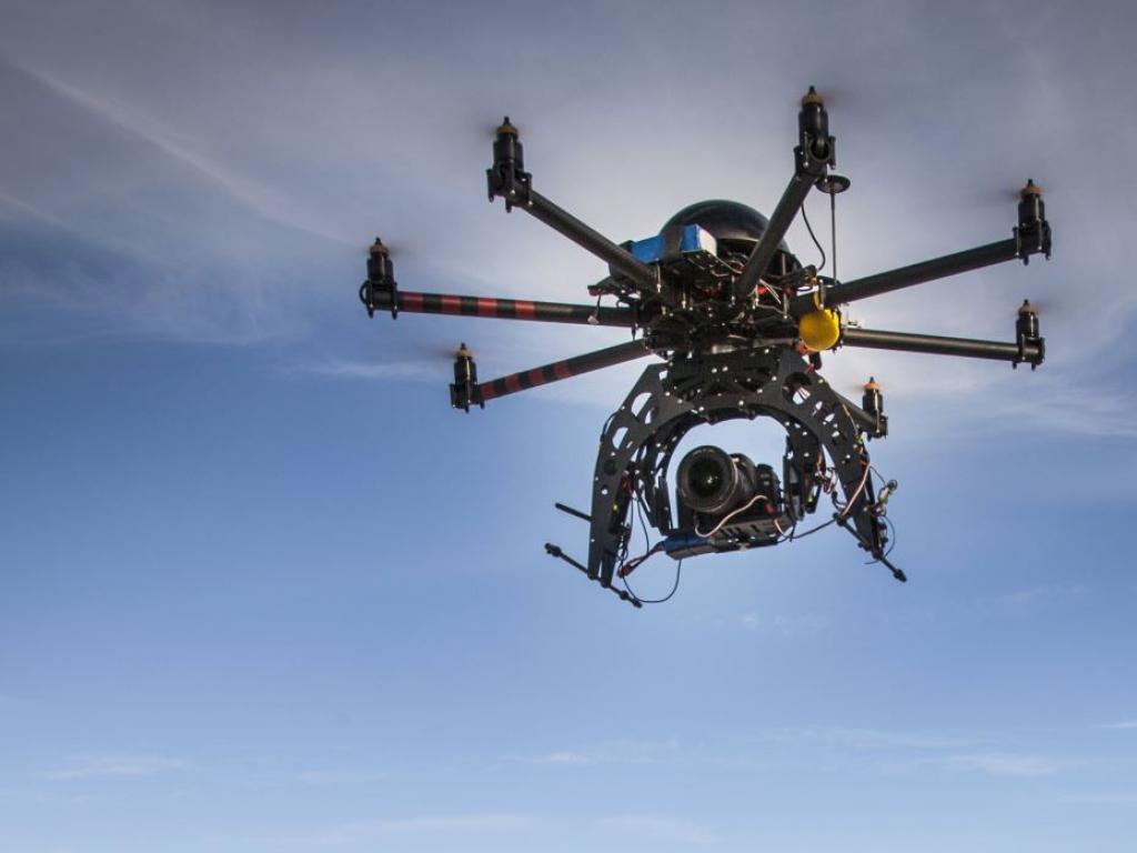 dronecut.jpg